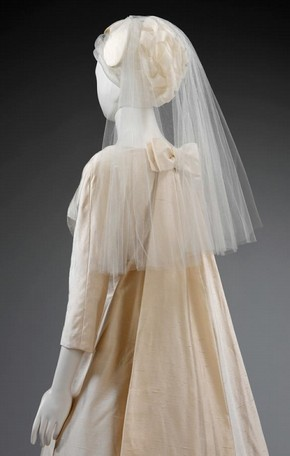 Figure 2 - Jacques Heim wedding dress and veil, worn by April Olrich, 1963. Museum no. T.404:1-2-2001