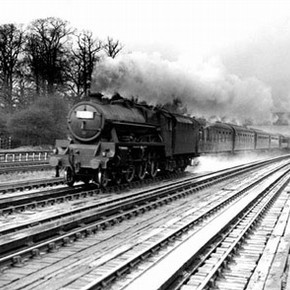 Class 5XP 4-6-0 engine locomotive, London Midland & Scottish Railway express, 1920s. Science and Society Picture Library