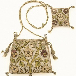 Purse and pincushion, 1600-1625, Museum no. 316-1898