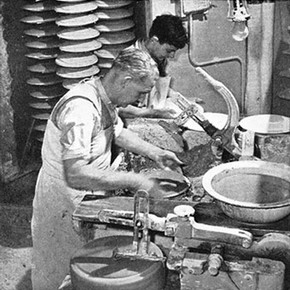 Plate-making, Josiah Wedgwood & Sons Ltd, 1950.