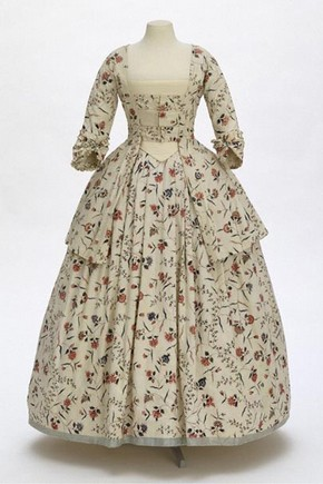 Dress made of Chintz, around 1770-1780. Museum no. 229