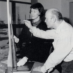 Fig 5. Margaret Birley and Herbert Heyde measuring a Moroccan Nfir. 1993. Photography by SRH Spicer, The Shrine To Music Museum, University of South Dakota. Reproduced with permission.