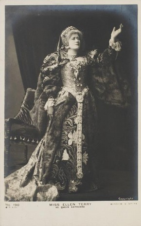 Ellen Terry as Queen Katherine in Henry VIII, Photographer unknown, 1892