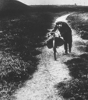 Coal-searcher Going Home to Jarrow, Bill Brandt, 1937  Bill Brandt Archive Ltd.