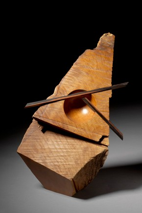'Redwood Shard', Sculpture, Robyn Horn, 1994. Museum no. W.9-2009