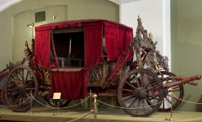 A Rich Chariot, Moscow Kremlin Museums. © Victoria and Albert Museum, London/Moscow Kremlin Museums