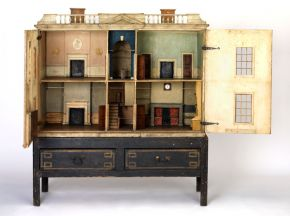 The Denton Welch dolls' house, England 1783 Museum no. W.13-1949