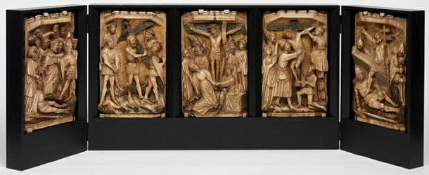 Figure 1 - Passion of Christ Altarpiece completed mount, England, early 15th century. Museum no. A.172-1946
