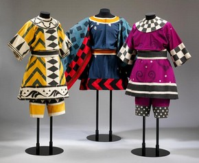 Léon Bakst (designer), costumes for brigands in Fokine's ballet Daphnis and Chloé, 1912. Museum no. S.508&A, B-1979; S.639&A, B, 635&A, C-1980. © Victoria & Albert Museum, London