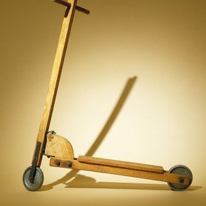 Unknown maker, Scooter, 1920-1930. Museum no. Misc.149-1980,  V