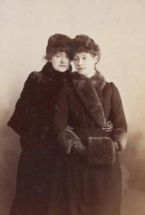 Ellen Terry and Edith Craig, sepia photograph, 19th century, Guy Little Collection. Museum no. S.133:511-2007