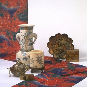 Japanese objects shown at the Paris International Exhibition of 1867, about 1850-1867. Museum no. 847:1-1869