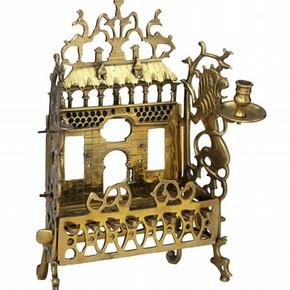 Hanukkah lamp, 1700-1825. Museum no. M.413-1956
