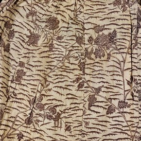 Chintz Jacket, India, 1775-80, damaged by rust. Museum no. IS.105-1950