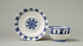 Teabowl and trembleuse saucer, Saint-Cloud, about 1700-1715. Museum no. C.433&A-1909