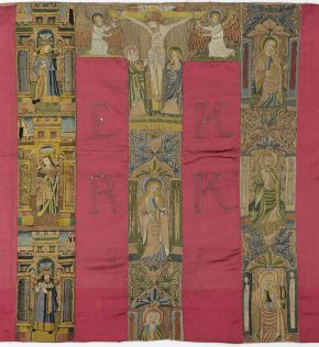 Embroidered altar frontal, unknown maker, England, about 1600, satin with silk embroidery. Museum no. 817-1901. © Victoria and Albert Museum, London