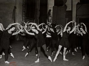 Ballets Russes dancers in an on-stage dance class, 1928. Victoria &amp; Albert Museum, London