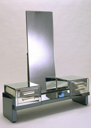 Dressing table, Robert Block, 1935. Museum no. W.36:1 to 5-1987