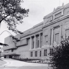 Fig.1. The Ulster Museum. Reproduced with permission from the Ulster Museum.