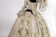Costume for Sophie in Richard Strauss's 'Der Rosenkavalier,' London, 1974. Museum no. S.263 �C 1999