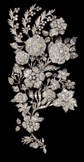 Spray ornament, maker unknown, about 1850. Museum no. M.115-1951. © Victoria & Albert Museum, London