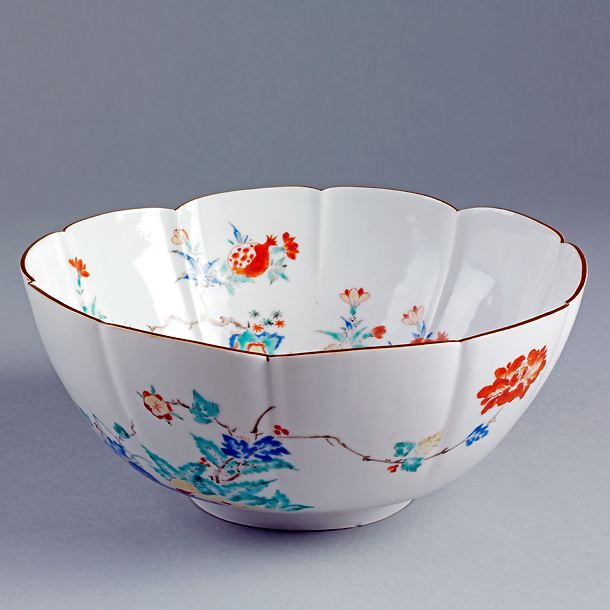 Kakiemon-style bowl Arita Japan 1690-1720. Museum no. & Japanese Ceramic Styles - Victoria and Albert Museum