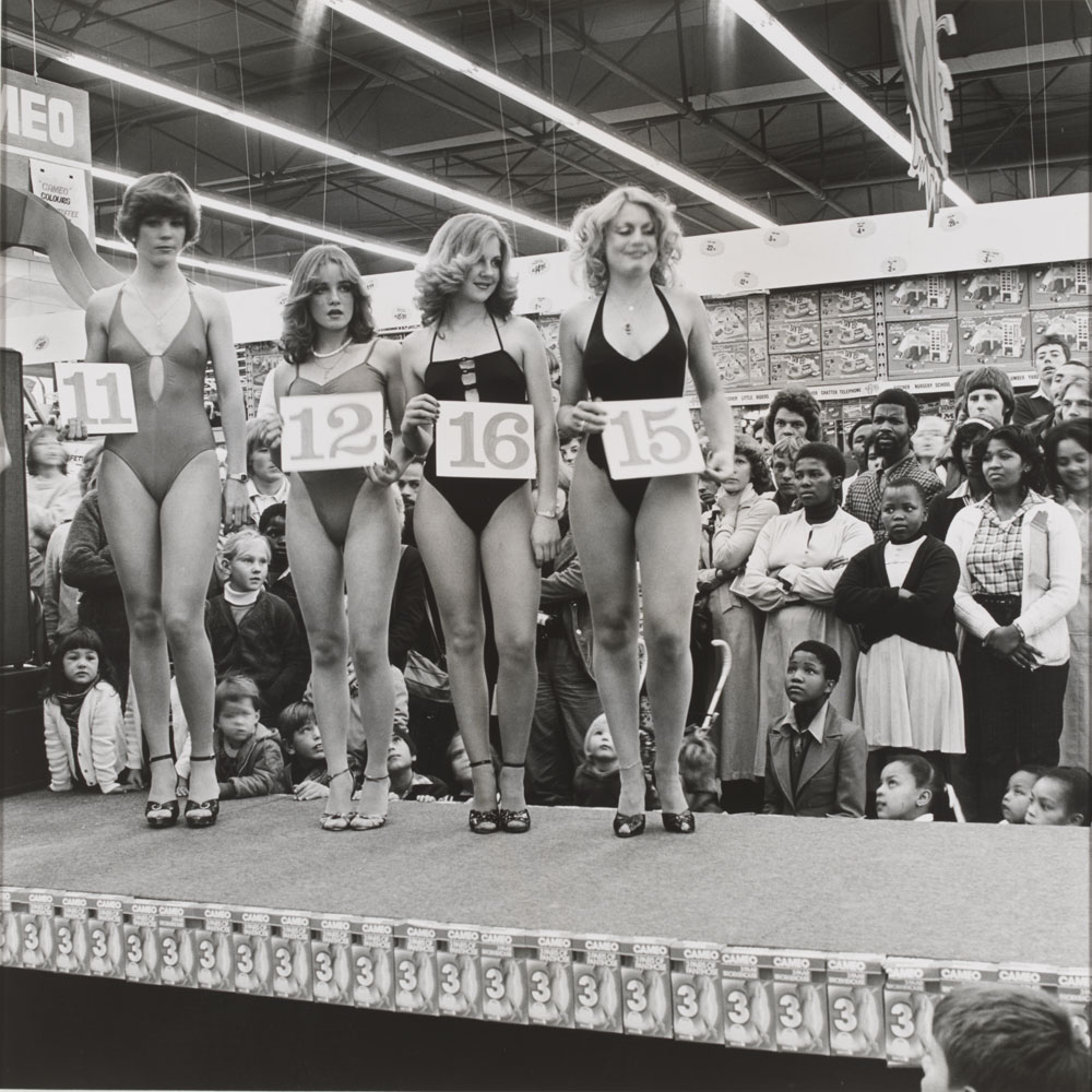 david goldblatt victoria and albert museum david goldblatt saturday morning at the pick n pay hypermarket miss lovely legs competition boksburg south africa 1980 gelatin silver print