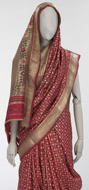 Figure 4 - Sari, Ahmedabad, India, 19th century. Museum no. IS.181-1960