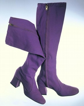 Boots, Barbara Hulanicki, 1969-70. Museum no. T.67+A-1985