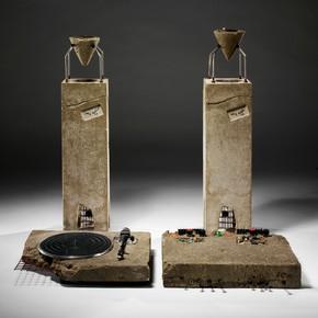 Ron Arad, Concrete Stereo, 1983. Stereo system set in concrete. Museum no. W.7-2011
