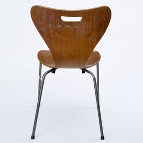 Copy of an Arne Jacobsen office chair, possibly by Heal's London, 1962. Museum no. LOAN:AMERICANFRIENDS.2-2001