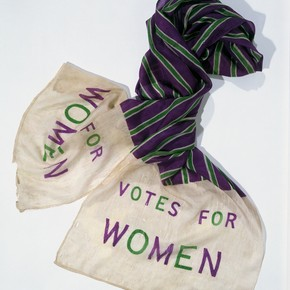 Commemorative Suffragette scarf reading 'Votes For Women', woven silk, English, about 1910. Museum no. T.20-1946