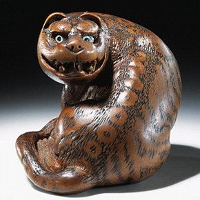 Netsuke, Tomin, Japan, about late 18th or early 19th century. Museum no. A.939-1910