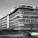 Peter Jones, Sloane Square, London. William Crabtree (1905–91), with J.A. Slater & A.H. Moberly and C.H. Reilly, 1935–9. Photograph by Sydney W. Newbery, 1939. RIBA Library Photographs Collection