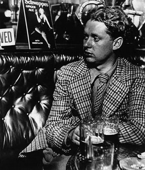 Dylan Thomas, Bill Brandt, 1941  Bill Brandt Archive Ltd.