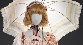 Lolita Fashion: Japanese Street Style