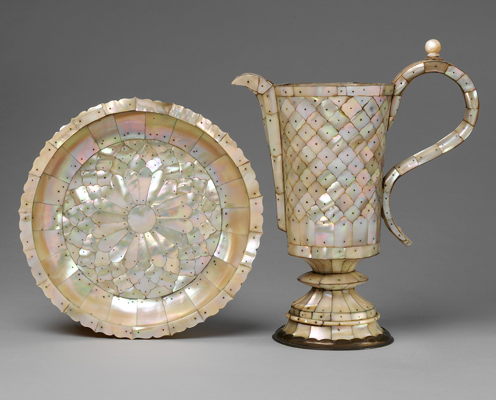 Salver and  ewer, 1600-1625, India (Gujarat), mother-of-pearl on metal frame.  Museum no. 4282, 4258-1857, © Victoria and Albert Museum, London