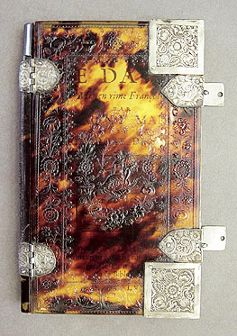 Conservation of a tortoiseshell book cover - Victoria and