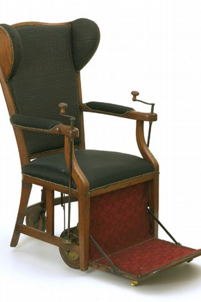 An English mechanical chair. Museum no. 2006AU2842