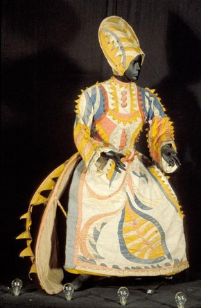 Costume for the Buffoon's Wife in the ballet 'Chout', Diaghilev Ballet Russes, 1920. Museum no. S.758–1980