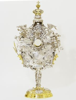 Monstrance, Johannes Zeckel, 1705. Museum no. M.3-1952. Given by Dr W.L. Hildburgh FSA, © Victoria and Albert Museum, London