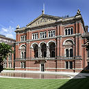 100 Facts about the V&A