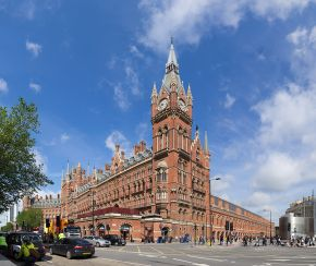 The Midland Grand Hotel at St Pancras, London © CC.BY-SA.3.0
