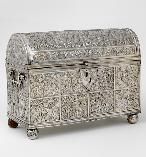 Silver casket, about 1608-15,  Alto Perú (now Bolivia). Museum no. 275-1879, © Victoria and Albert  Museum, London
