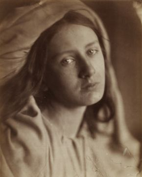 Beatrice, Julia Margaret Cameron, 1866, albumen print. Museum no. 944-1913 @ Victoria and Albert Museum, London