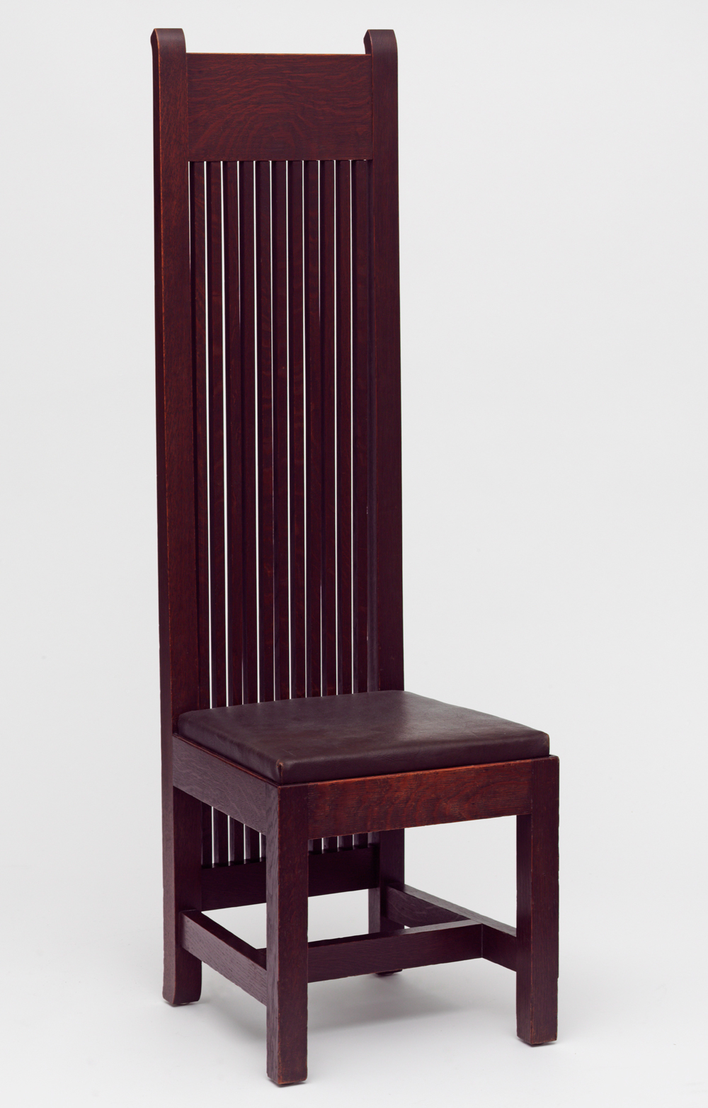 Arts and crafts movement design - Dining Chair Frank Lloyd Wright 1902 Museum No W 4 1992