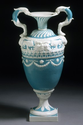 Vase, Derby Porcelain factory, 1773-1774, Museum no. 414:437-1885