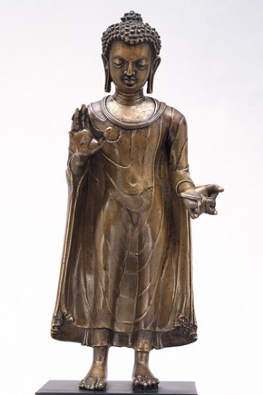 Standing figure of the Buddha Sakyamuni. Museum no. IS.3-2004