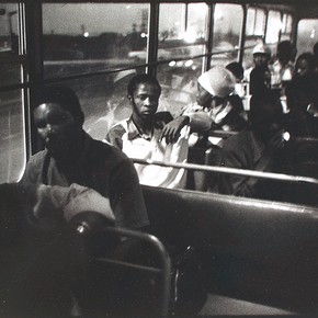 'Travelling out of Pretoria on the 7 pm Marabastad - Wolwerkraal Bus', photograph, David Goldblatt, 1984. Museum no. Ph.66-1987