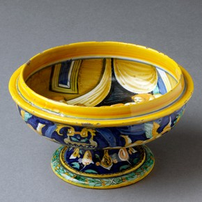 Cup, Francesco Xanto Avelli, Urbino, Italy, about 1530. Museum no. C.2241-1910